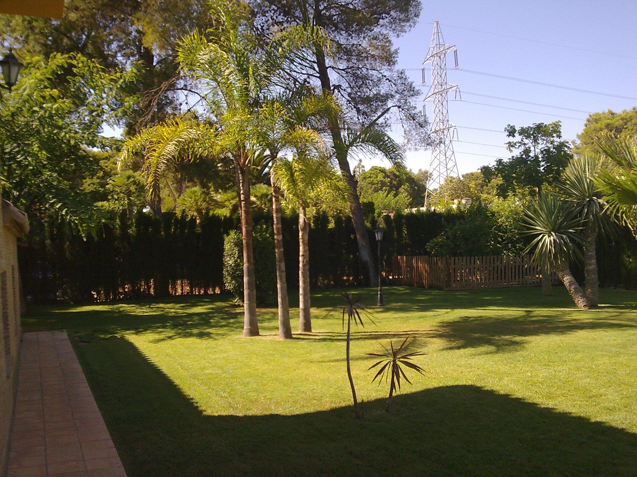 Mantenimiento jardines jardineria verde for Mantenimiento jardines