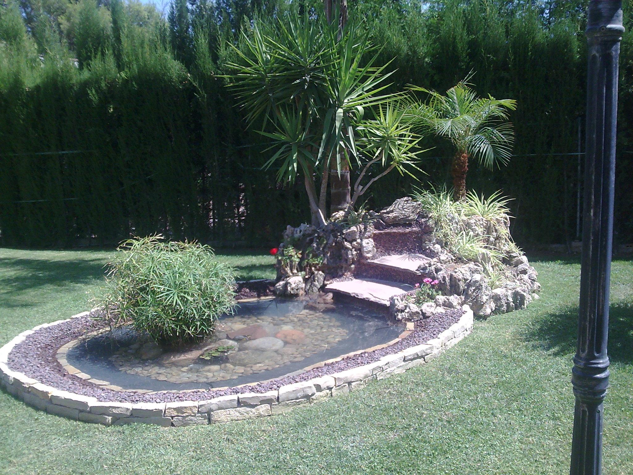 Mantenimiento de jardines valencia jardineria verde for Mantenimiento jardines
